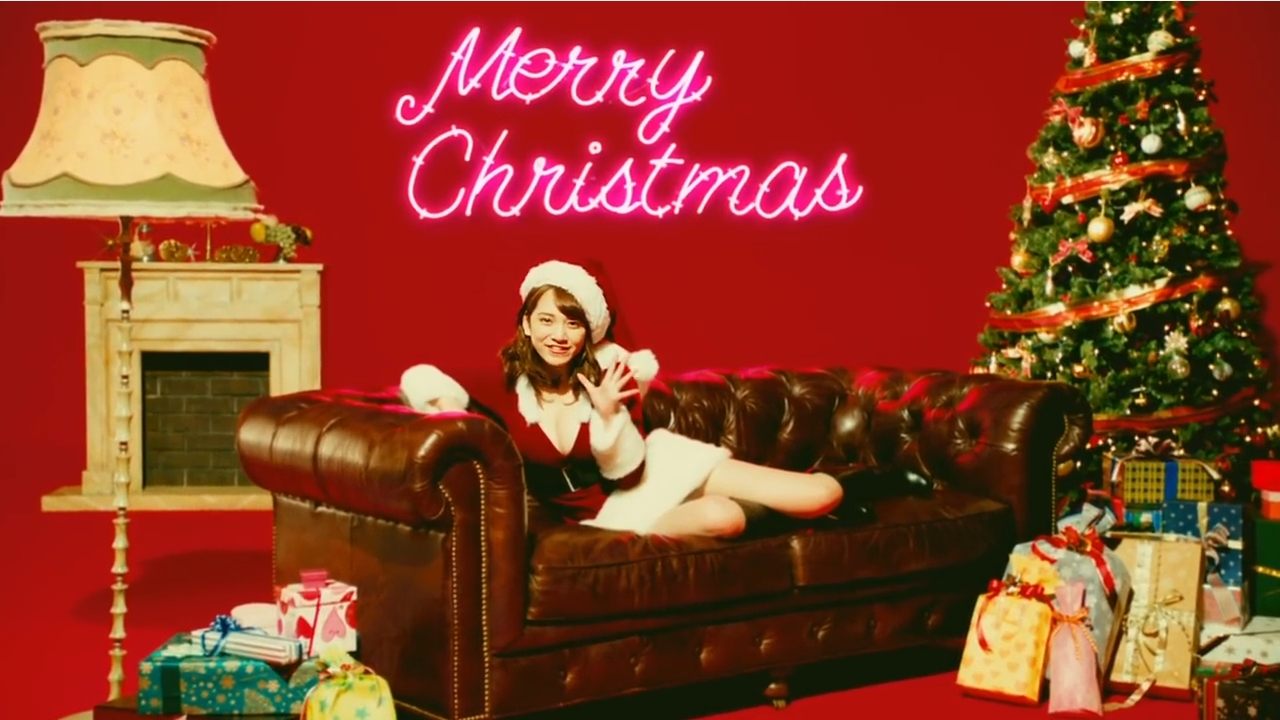 クリスマスな雰囲気の都丸紗也華
